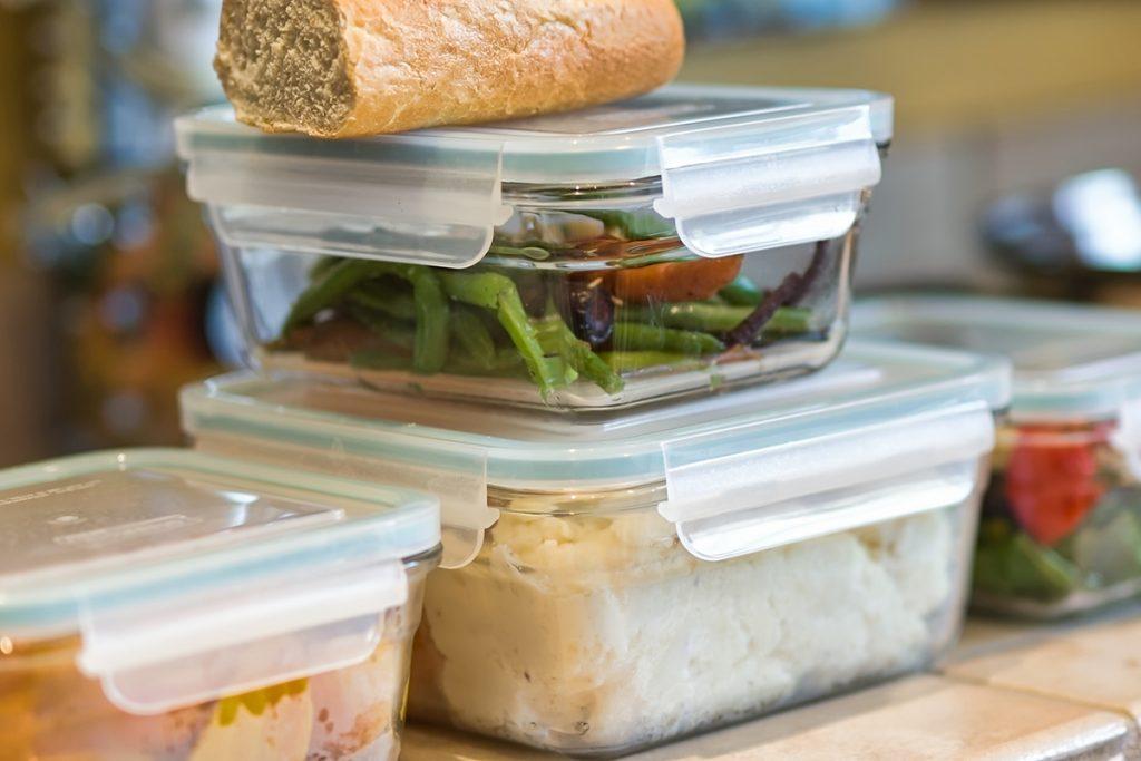Essensreste in Mehrweg-Frischeboxen