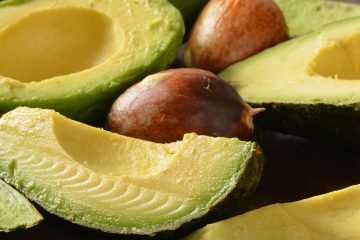 Avocado frisch entkernt