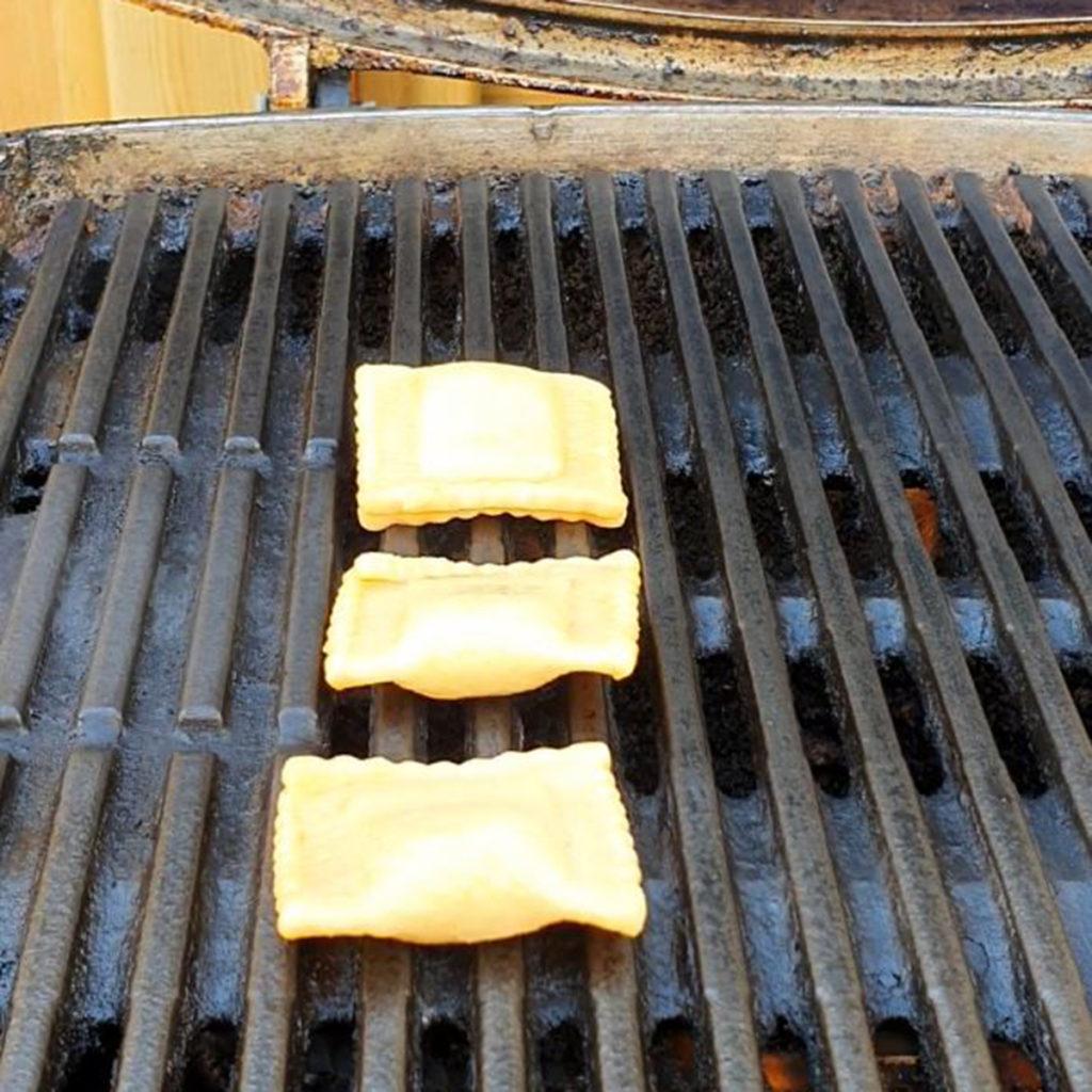 Ravioli auf dem Grill