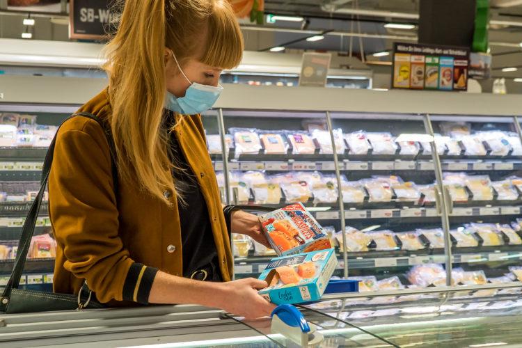 Fisch aus Aquakultur: ASC-Siegel auf über 70 Prozent der Zuchtfischprodukte