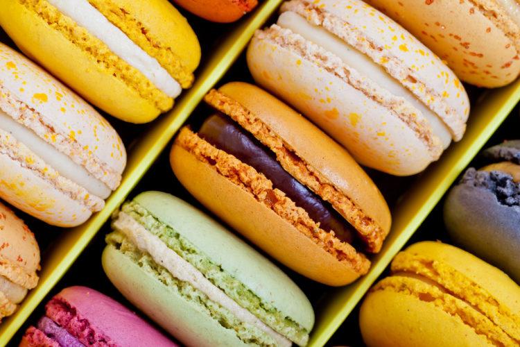 Frühlingsfarbener Genuss: Macarons